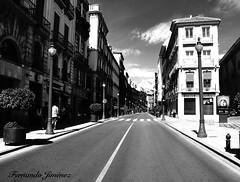 Calle Reyes Católicos (Granada) (alanchanflor) Tags: canon bw calle centro fuga ciudad granada andalucía españa