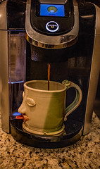 2018 - photo 264 of 365 - making coffee (old_hippy1948) Tags: coffee coffeemaker mug keurig