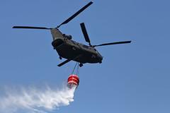 AIR SHOW BOLSENA, 2018 (ale66lo) Tags: air show bolsena lago lake lazio italia italy europe aereo elicottero antincendio boing ch47 chinook