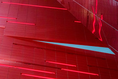 blue triangle (ToDoe) Tags: red rot abstract reflection reflexion triangle blue dreieick