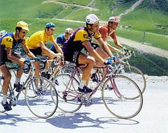 Poulidor Merckx 1969 (Chris Protopapas) Tags: eddymerckx raymondpoulidor merckx poulidor tdf tourdefrance 1969 cannibal mercier campagnolo simplex stronglight kas faema maillotjaune alps kessels cycling racing bicycle peloton
