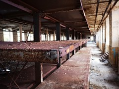 (oldgreenbridge) Tags: abandoned building rust huaweip20pro nofilter