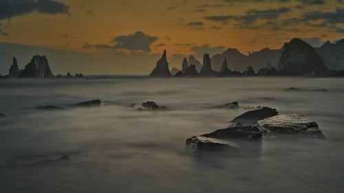 Gueirua rocks II