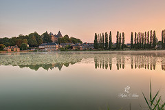 The Castle and his Pond in Combourg (Sylvie Nenan) Tags: castle chateau landscape paysage bretagne brittany pond etang countryscape country pays