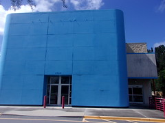 Former Top Line Appliance Superstore (former Circuit City, former site of Food Lion #683) (pokemonprime) Tags: circuitcity vacant appliancestore melbourne fl brevard topline facade doors red remnants