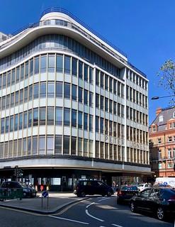 Peter Jones in Sloane Square 249/365 (4)