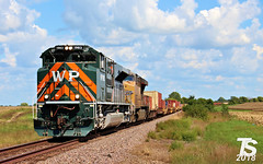 1/2 UP 1983 Leads SB Military Containers Chiles, KS 9-15-18 (KansasScanner) Tags: kansascity missouri kansas chiles paola coffeyvillesub up westernpacific wp up1983 train railroad