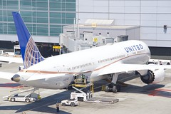 United Airlines Boeing 787 -9 DreamLiner N38950 DSC_0343 (wbaiv) Tags: san francisco international airport bay area california airliner airplane jetliner aircraft jet commercial passenger boeing airbus grayish day august 2018 united airlines 787 dreamliner n38950 9 gate