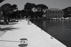 Nyekaien (dese) Tags: nyekaien jelsa hvar kai hamn harbour quay july20 2018 adriahavet adriatic coast europa kroatia croatia adriaticsea sommar summer juli july ferie sommarferie europe jadranskomore