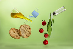 friselle pugliesi.. (Antonio Iacobelli (Jacobson-2012)) Tags: friselle mediterraneo dieta olio pomodori sale rucola acqua bari nikon d850 nikkor 60mm