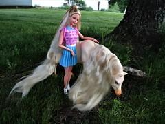 Grazing (flores272) Tags: grazing barbie barbiedoll horse tori generationgirl barbiehorse generationgirltori doll dolls toy toys