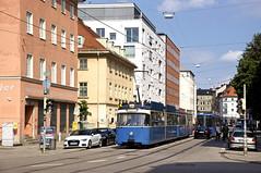 P-Zug 2005/3005 als MünchenTram an der Müllerstraße (Frederik Buchleitner) Tags: 2005 3005 munich münchen münchentram pwagen stadtrundfahrt strasenbahn streetcar tram trambahn
