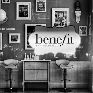 Through the Window 2018- benefit Salon