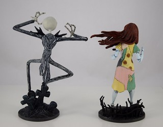 Grand Jester Studios Jack and Sally Vinyl Figures - Nightmare Before Christmas 25th Anniversary - Disneyland Purchase - Deboxed - Side by Side - Rear View