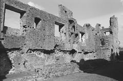 21570035 (christopher.harrall) Tags: castle monochrome film ais cbh6767