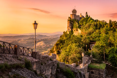The walls and the tower | San Marino (NicoTrinkhaus) Tags: sanmarino republic fortifications towers walls fort sunrise unescoworldheritage unesco travel italy europe