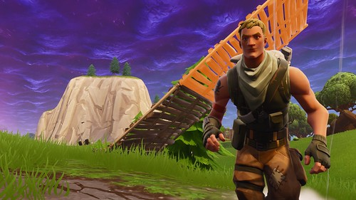 FortniteClient-Win64-Shipping_2018-09-13_00-41-21