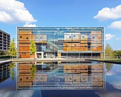 Lewis Center for the Arts, 2017 (WhiPix) Tags: princeton lewis arts building suspension music steel chamber woolworth 7122lewisarts2 clouds sky blue pond water reflection university architecture stevenhollarchitectes lewiscenterforthearts paradigm