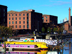 Salthouse Dock, Liverpool, England (teresue) Tags: 2017 uk unitedkingdom greatbritain england merseyside liverpool salthouse dock thepumphouse royalalbertdock boats yellowsubmarine salthousedock