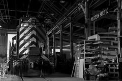 Inside the Shops (Patrick Dirden) Tags: wp708 gp7 emd electromotivedivision gm generalmotors diesel locomotive engine rail railroad train locomotiveshops locomotiveshed wp westernpacific westernpacificrailroad westernpacificrailroadmuseum portola plumascounty sierranevada sierra northerncalifornia california