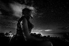 Watching the stars (rvjak) Tags: arizona sedona usa black white noir blanc bw d750 nikon young woman jeune femme stars étoiles voie lactée milky way galaxy galaxie