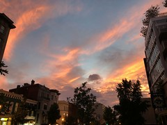 September sunset sky, P Street NW, Washington, D.C. (Paul McClure DC) Tags: washingtondc districtofcolumbia sept2018 dupontcircle sky sunset historic architecture