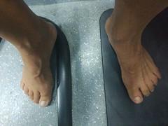Descalzo en el autobús (VIVE DESCALZO) Tags: descalzo barefoot barefooter barfus pie piedsnus 赤脚
