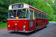 ROWSLEY 210615 9RDV (SIMON A W BEESTON) Tags: rowsley peakrail 9rdv aec reliance marshall devon general 9