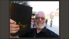 MERCAT-SANT ANTONI-BARCELONA-CATALUNYA-LLIBRES-VELLLS-EXCURSIONES-MERCADO-COMPRAR.-ENCONTRAR-LIBROS-VIEJOS- LA BIBLIA TENIA RAZON-FELICIDAD-FOTOS-ARTISTA-PINTOR-ERNEST DESCALS (Ernest Descals) Tags: mercatdesantantoni libroviejo mercat mercado mercats mercados llibrevell llibresvells librosviejos barcelona catalunya catalonia market cataluña pasear excursiones excursions viajar encontrar comprar libro llibre labibliateniarazon hitoria history book bible books ancient old vells ubicacion escenario felicidad happines pintor pintors pictures art arte artwork pintar cuadros pinturas pintarlo pintado paisajeurbano landscape landscaping paisatges paisatge paisaje paisajes people escena romantico painter painters paintings fotos ernestdescals inspiracion artistica capital calles busqueda encuentros artistes artistas catalans catalanes textos biblicos historicos historics
