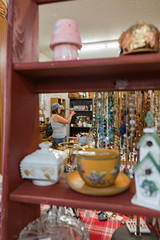 antique-6341 (FarFlungTravels) Tags: activities antique shopping things hockinghills logan mall ohio tourism 2018