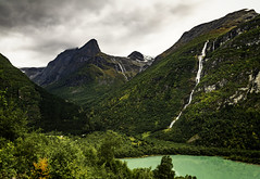 Norway_lovatnet_1