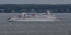 The classic German cruise ship Berlin in Öresund (frankmh) Tags: ship cruiseship berlin öresund