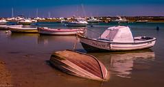 Boats... (hobbit68) Tags: boote fujifilm xt2 boats water wasser himmel sky barcos espanol espagne sonne espana sommer sunshine sonnenschein sun andalusien andalucia hafen ü port puerto atlantik playa beach strand