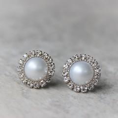 White Pearl Earrings, Pearl Bridesmaid Earrings, Bridal Earrings, Wedding Jewelry, Pearl Bridesmaid Jewelry, White Pearls https://t.co/K4zftHIvOo #gifts #weddings #earrings #bridesmaid #jewelry https://t.co/QZNvoHbdOF (petalperceptions.etsy.com) Tags: etsy gift shop fashion jewelry cute