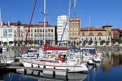 GIJON - EL PUERTO DEPORTIVO (3) (mflinera) Tags: gijón asturias puerto deportivo barcos mar costa