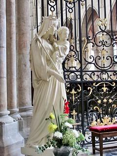 Virgen María de la Catedral de Laon. Francia.
