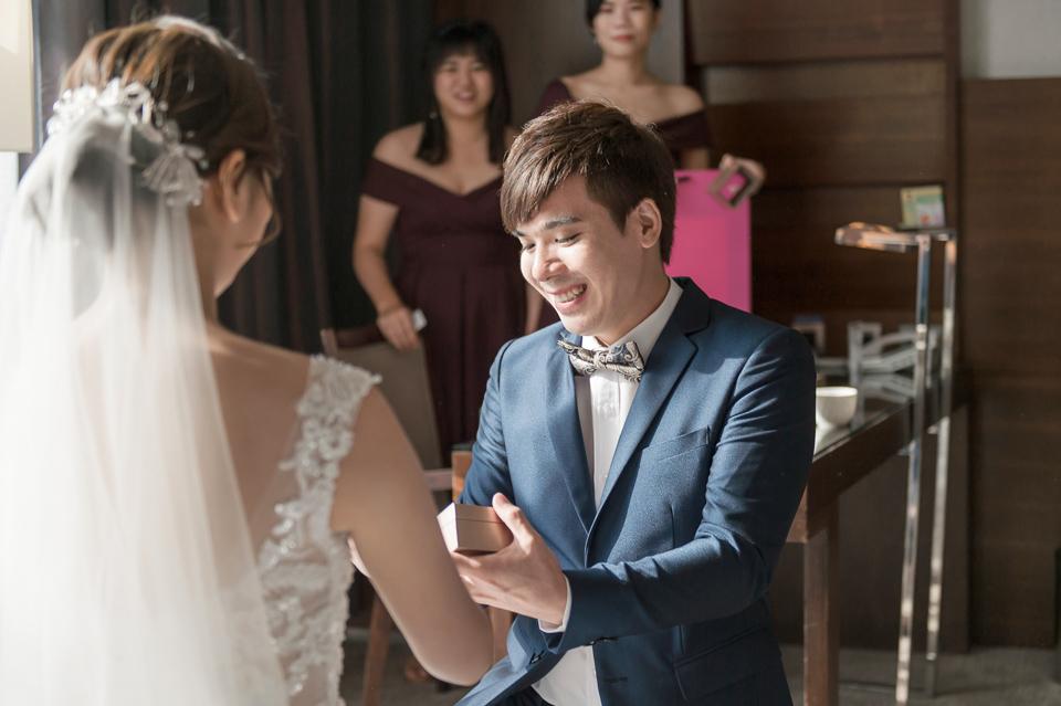 高雄婚攝 海中鮮婚宴會館 有正妹新娘快來看呦 C & S 042