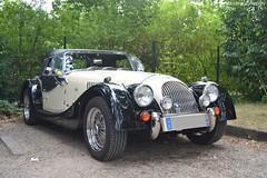 Morgan Plus 4 (Monde-Auto Passion Photos) Tags: voiture vehicule auto automobile morgan plus4 bicolore ancienne classique collection france barbizon