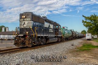NS 5836 | EMD GP38-3 | NS Memphis District West End