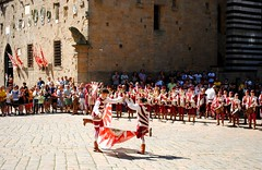 Giovani sbandieratori 2 (Volterra) - Young flag-wavers (stella.iloveyou) Tags: volterra sbandieratori volterraad1398 historicalreenactment rievocazionimedievali rievocazionistoriche