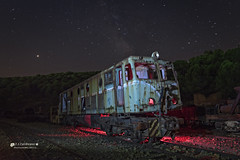 When the Train is dressed in Red .. (Francis Minini (On-Off)) Tags: nocturnas