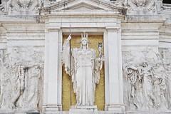 altare della patria (cgcreates) Tags: rome architecture nikon d3200 nikond3200 photography sculpture gold glitter roma italy history mythology