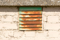 Had a hard life? (sootyskye) Tags: suffolk nikond7100 vent airvent white green rust