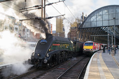 60009 - 1Z60 - Kings Cross - 15.09.2018 (Tom Watson 70013) Tags: london kings cross station terminal class91 lner 91114 60009 union of south africa 1z60 talisman bon accord
