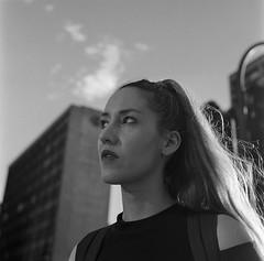 Móni y la décima (RoryO'Bryen) Tags: móni carreradécima bogotá colombia roryobryen copyrightroryobryen portrait street analoguephotography rolleiflex film kodaktrix