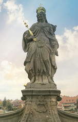 Queen Hunigunda (jimsawthat) Tags: enhanced smalltown historic statue bamberg germany