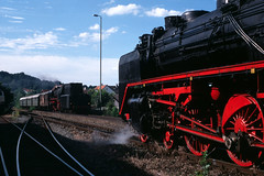 62 015, 23 105 Erbach 1997 (matthias.sitte1) Tags: 62015 23105 erbach parowoz dampflok steam train zug rail railway eisenbahn lokomotive