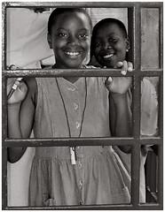 Antigua Girls (Où est mon coeur) Tags: antigua girls nikon n65
