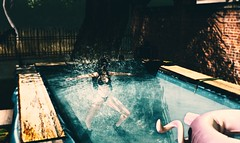 "ready for ""Vingt mille lieues sous les mers "" (sanddlam) Tags: swimming pool scuba diving"