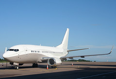 9H-MAC Boeing 737-548 Maleth Aero (corkspotter / Paul Daly) Tags: 9hmac boeing 737548 w b735 24968 1975 l2j krcl 4d2162 mlt malethaero 1990 20170609 gumar ork eick cork eicdc cockpit airplane